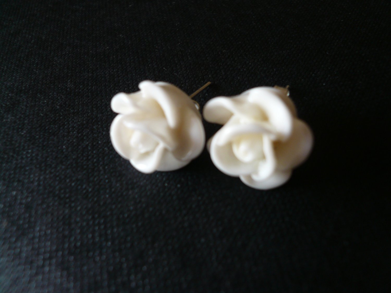 White Rose Flower Post Stud Earrings