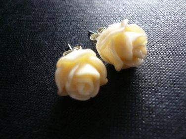 Biege Rose Floral Post Stud Earrings