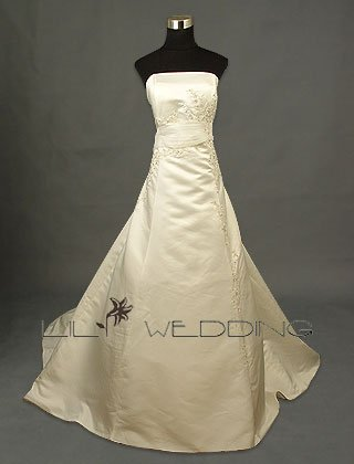Metallic Lace Decorated Bridal Gown - Style LWD0131