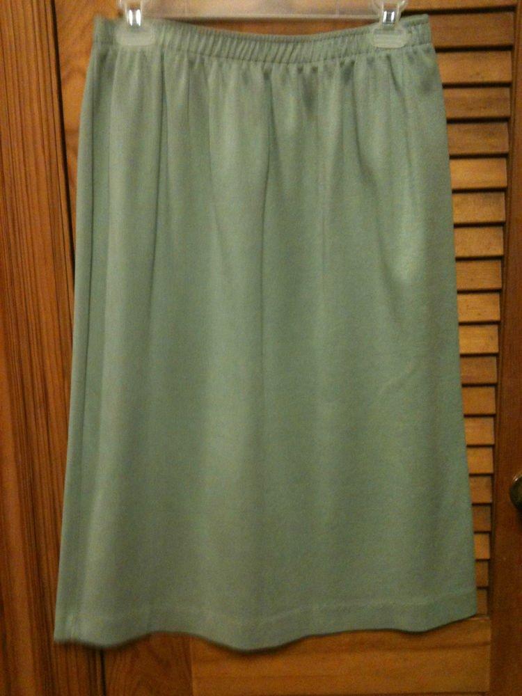 "Cathy Daniels Light Green Knit Skirt - Size Large - Length 28"" - Elastic Waist"