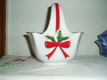 Mount Clemens Pottery Christmas Basket