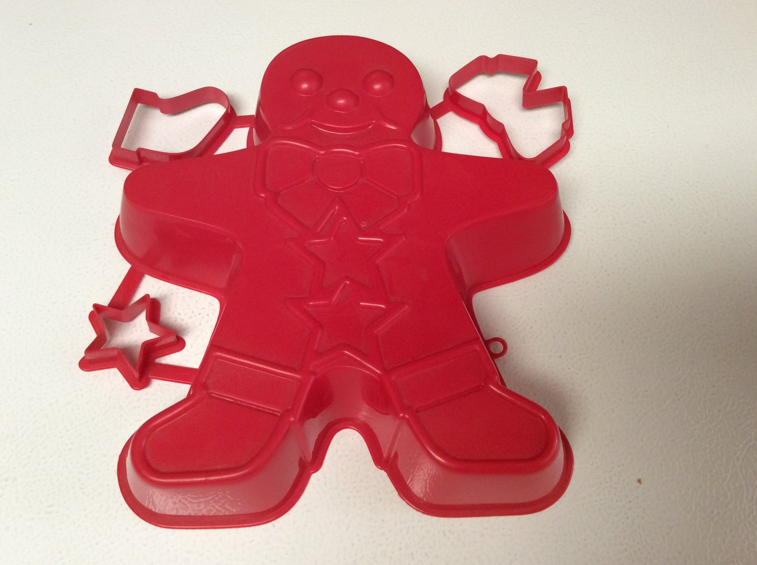 Red Gingerbread Man Mold with 3 cookie, jiggler cutters
