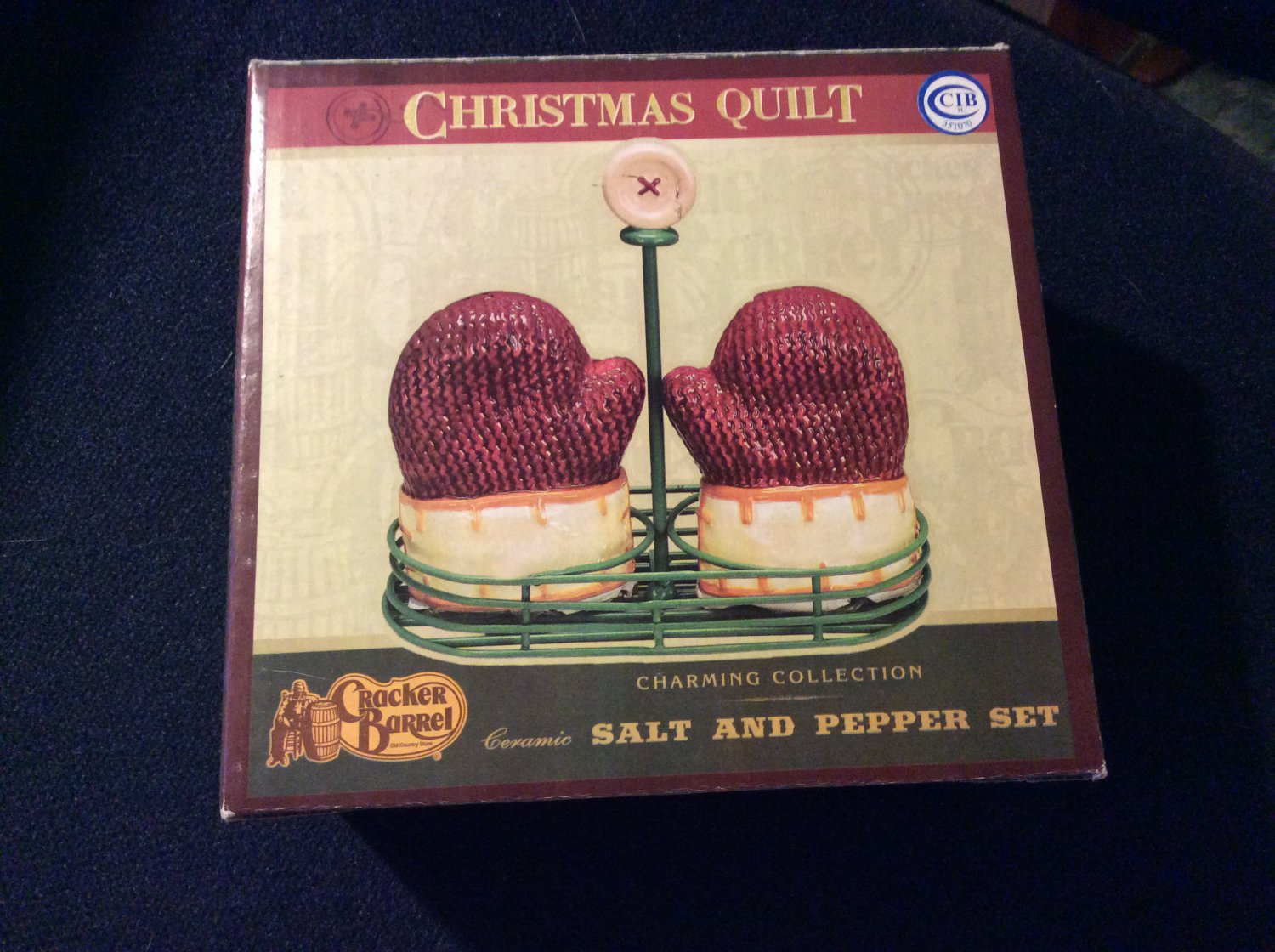 Christmas Quilt Mittens Salt and Pepper Set by Cracker Barrel