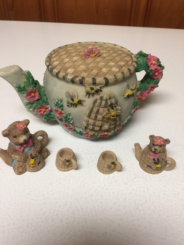 Vintage Large Pitcher, 2 Bear Pitchers 2 Cups Miniatures Honey Bee Bears Tea Set