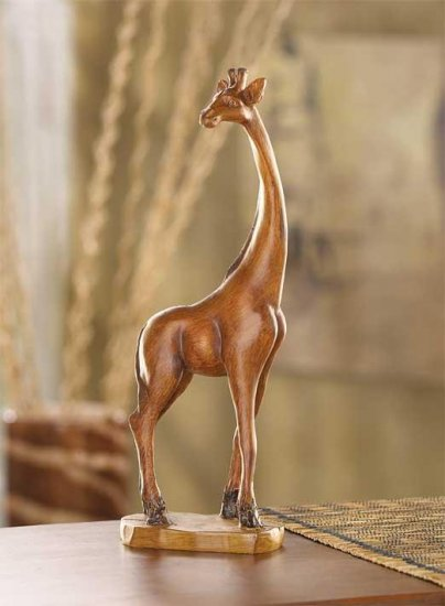SAVANNA GIRAFFE FIGURINE