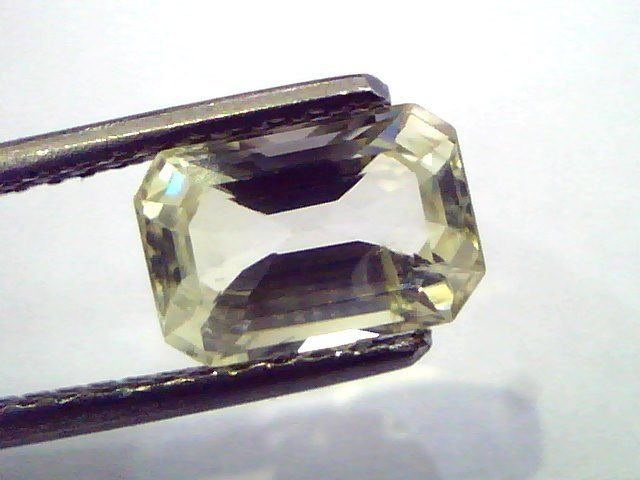 2.51 Ct  Unheated Untreated Natural Ceylon Yellow Sapphire/Pukhraj