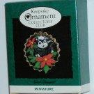 Hallmark Ornament Sweet Bouquet 1994 Miniature - Skunk