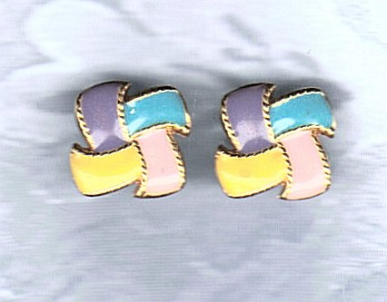 VINTAGE 4 COLOR WINDMILL PATTERNED  POST EARRINGS
