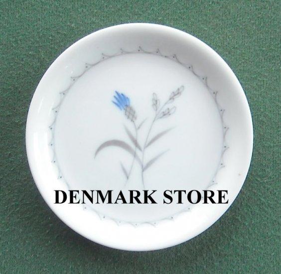 Danish Bing Grondahl Copenhagen Cornflower White Butter Pad Plate
