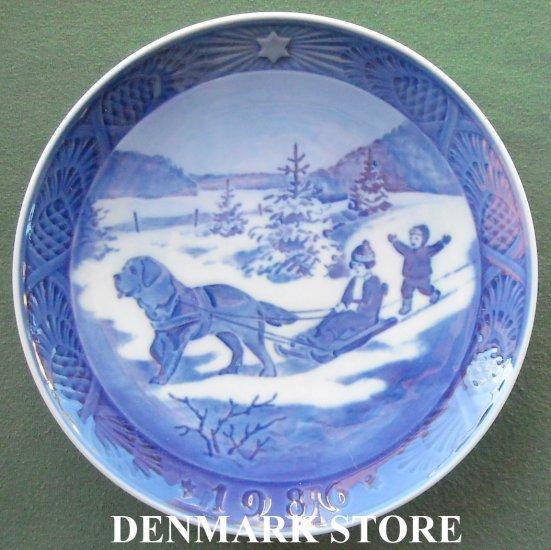 Danish Royal Copenhagen Denmark Christmas Plate 1986