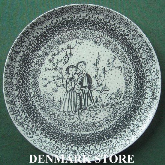 Danish Bjorn Wiinblad Nymolle The Seasons Spring 10 Inches Wall Plate Black