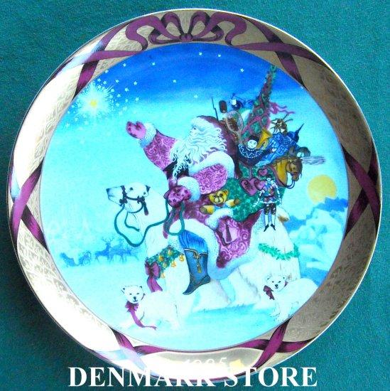 Danish Bing & Grondahl Denmark Christmas Santa Around The World 1995
