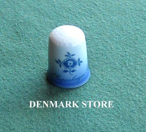 Vintage Danish Royal Copenhagen Denmark Gold Logo Thimble
