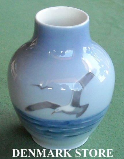 Vintage Danish Royal Copenhagen Denmark Seagull Small Vase 1138