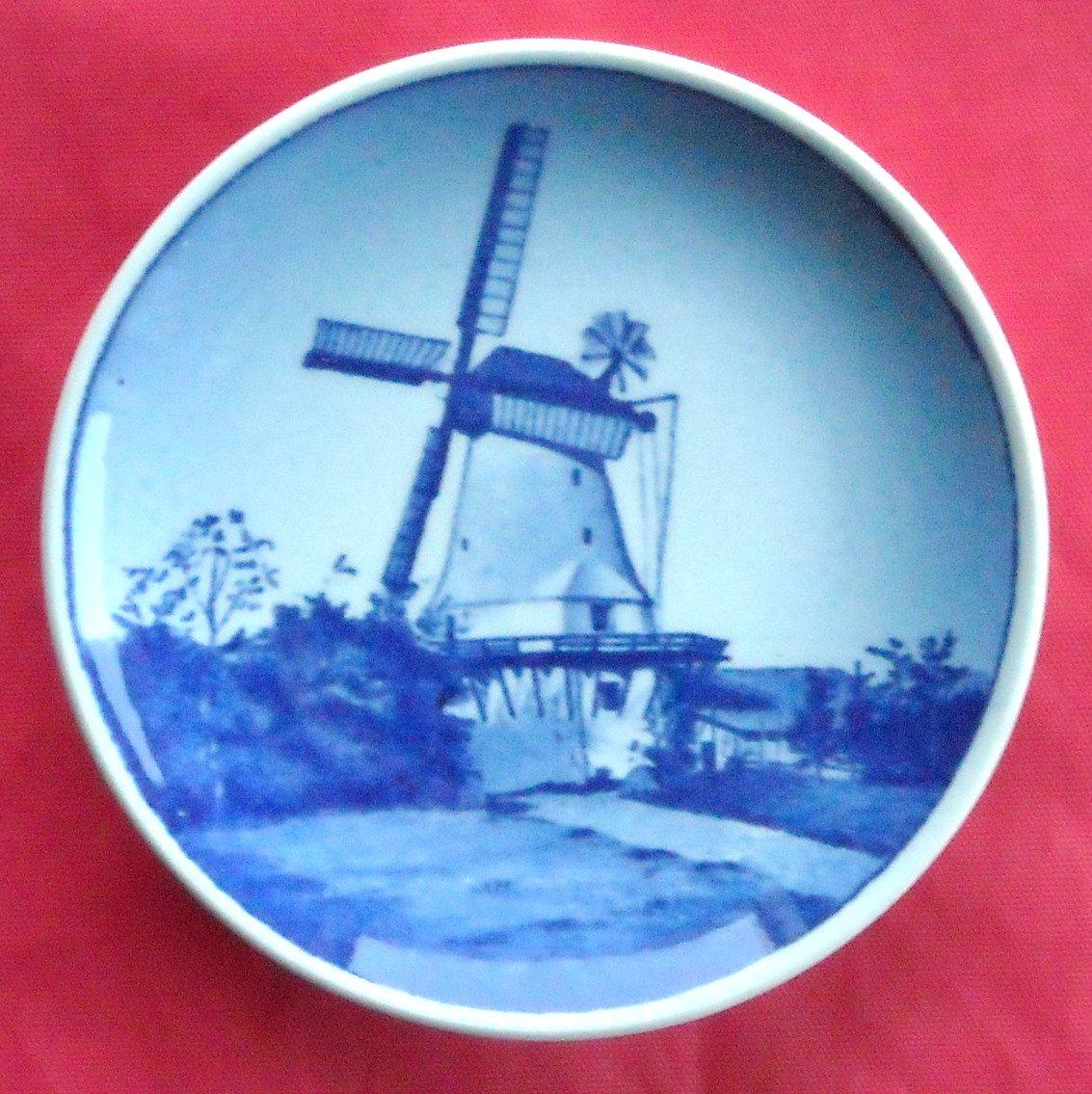 Danish Royal Copenhagen Denmark Dybbol Molle 12 - 2010 Kaj Lange plate