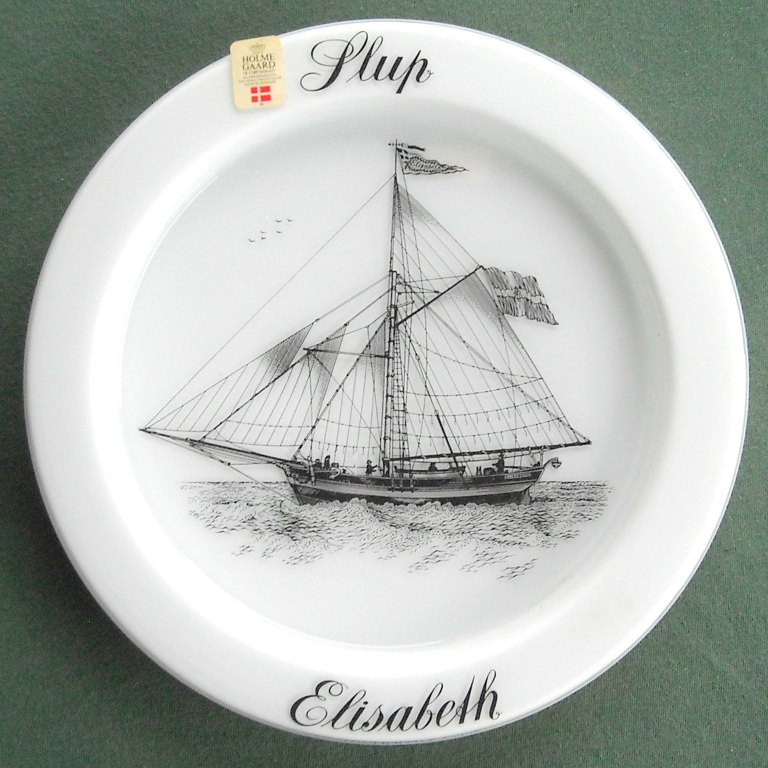 Holmegaard Copenhagen milk glass ships plate Elisabeth 1978