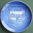 Bing & Grondahl Copenhagen Christmas Eve Farmhouse Plate 1985