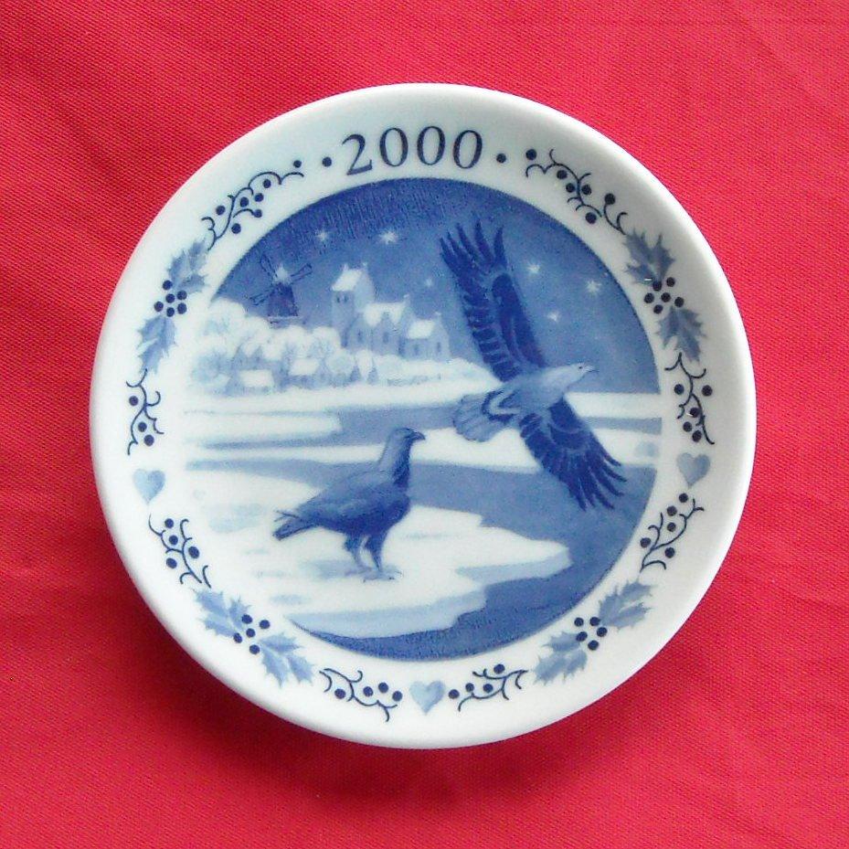 Royal Copenhagen Boxed Christmas Mini Plate 2000