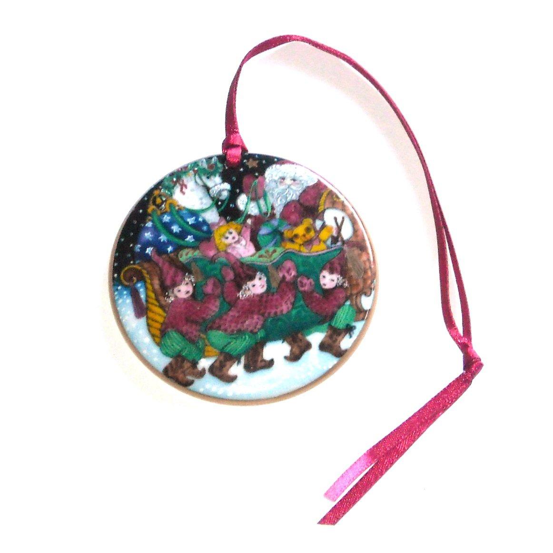 Danish Bing & Grondahl Copenhagen Santa Claus Collection Ornament 1990