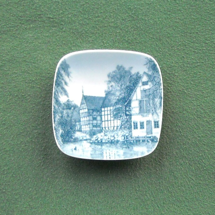 Old Town Aarhus Danish Bing & Grondahl Copenhagen Denmark Small Plate Ornament