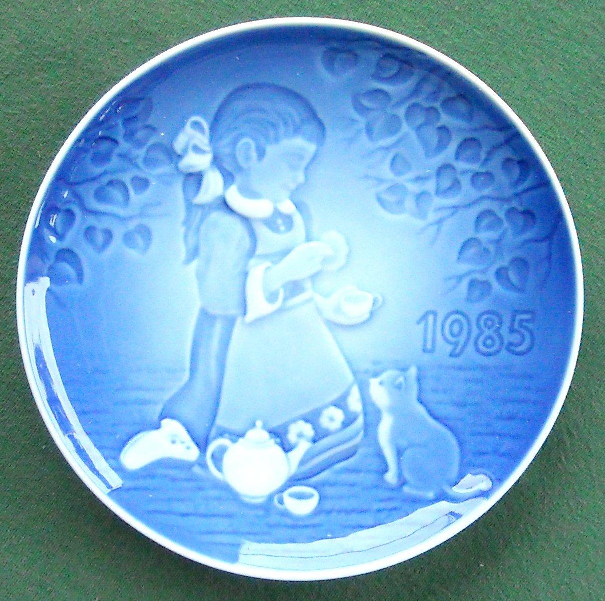 Danish Bing Grondahl Copenhagen Childrens Day Barnets Dag Plate 1985