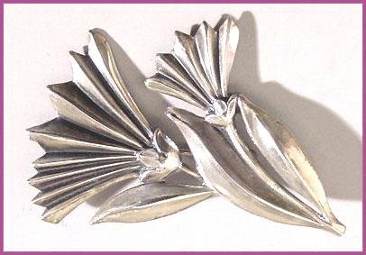 1950s Signed Sterling Vintage JewelArt Daisy Brooch - Free USA Shipping