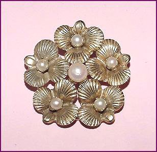 Signed Henkel and Grosse Cultured Pearls Pansies Brooch