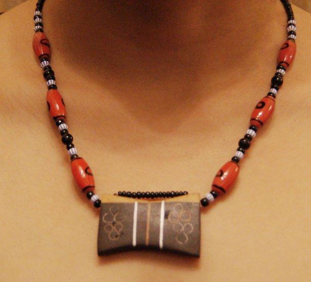 Red neckace
