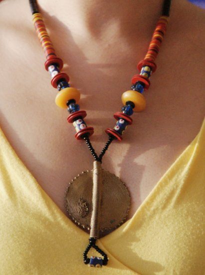 Afro style necklace