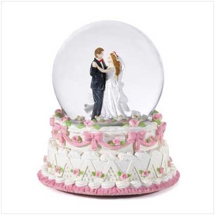 #36172 Bridal Snowglobe