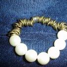 Pearl bracelet w/metal accent