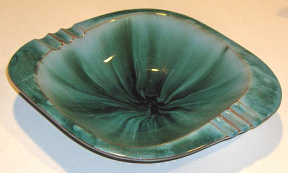 Vintage BLUE MOUNTAIN POTTERY - Emerald Green Large Ashtray