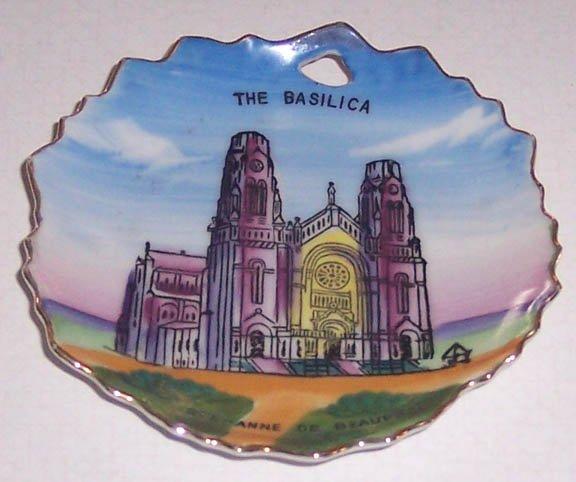 Vintage Ste-Anne de Beaupre Basilica Souvenir Miniature Plate