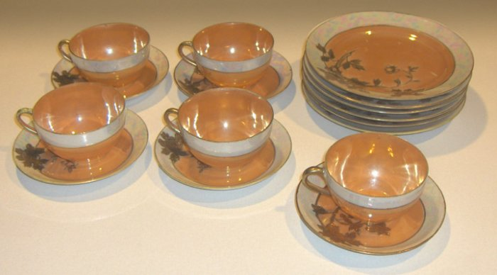 Vintage Handpainted Lusterware Gold Moriage Luncheon / Dessert Set 16 Pcs
