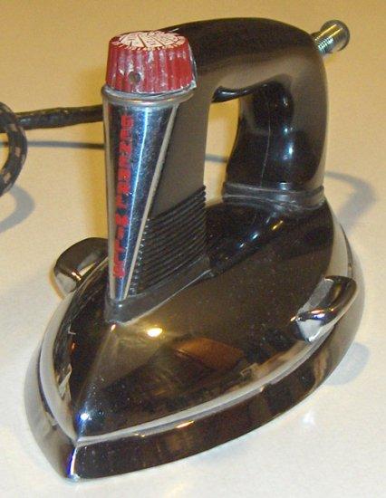 Vintage General Mills Betty Crocker Tru-Heat Iron circa 1940s