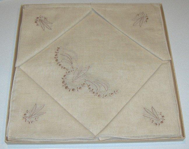 Vintage PeerleSS 5 Piece Bridge / Card Playing Linen Set NIB