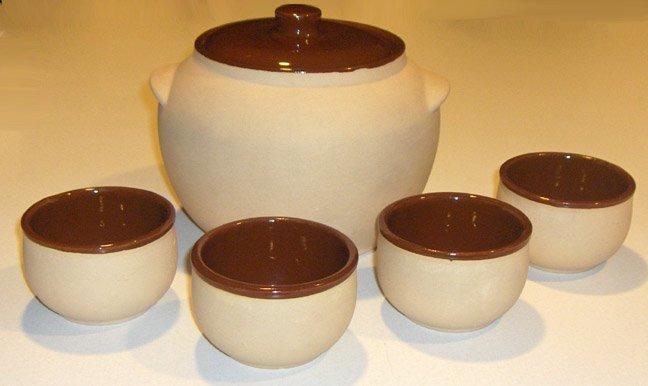 Vintage Watt Pottery Bean Pot and 4 Beancups c:1940's