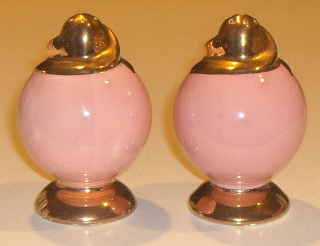 Vintage Taylor Smith and Taylor Empire / LuRay Pink / Gold Salt & Pepper Shakers