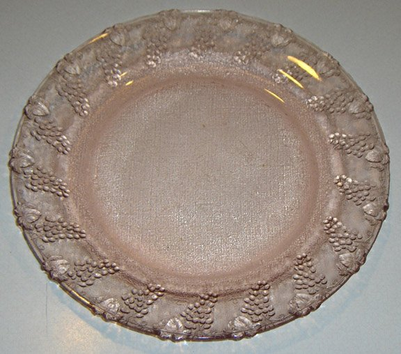 Vintage Kig Grape Harvest Pink Glass Dinnerplate- Set of 4