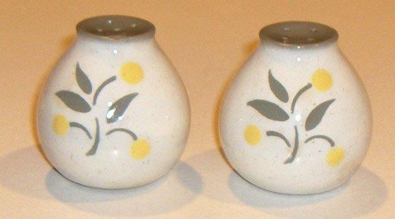 Vintage Harkerware Lemon Tree Salt & Pepper Shakers