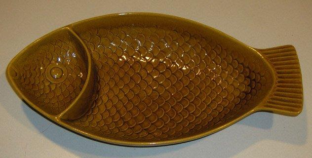 Vintage Embossed Ceramic Fish Divided Platter for Chips & Dip USA