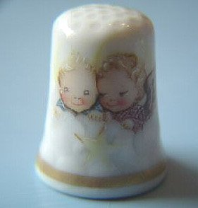 Vintage Schmid Cheerful Cherubs Thimble Christmas 1988 MIB