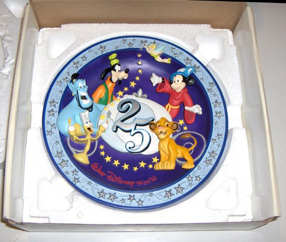 1996 Walt Disney World 25 Commemorative Plate - A Magic Time in a Magic Place