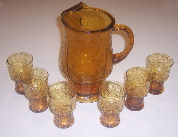 Vintage Libbey Country Garden 64 oz. Pitcher & 6 Juice Glasses