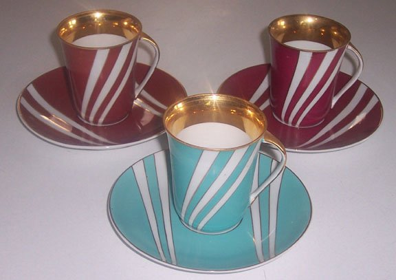 Vintage Cmielow Krokus Blue & Maroon with Gold Cups & Saucers - Set of 3