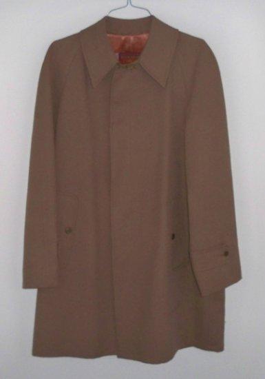 Vintage Winner's Circle by Rainfair Brown Mens Raincoat - Size 42