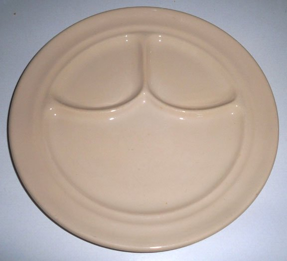 Vintage Buffalo China Cafe Restaurant Ware Tan Divided Grill Dinnerplate - Set of 2