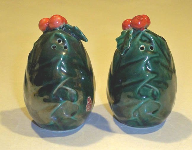 Vintage Lefton Green Holly Salt and Pepper Shakers