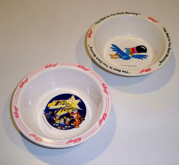 Vintage Kelloggs Froot Loops Toucan Sam & Frosted Flakes Tony Tiger Melamine Cereal Bowl - Set of 2