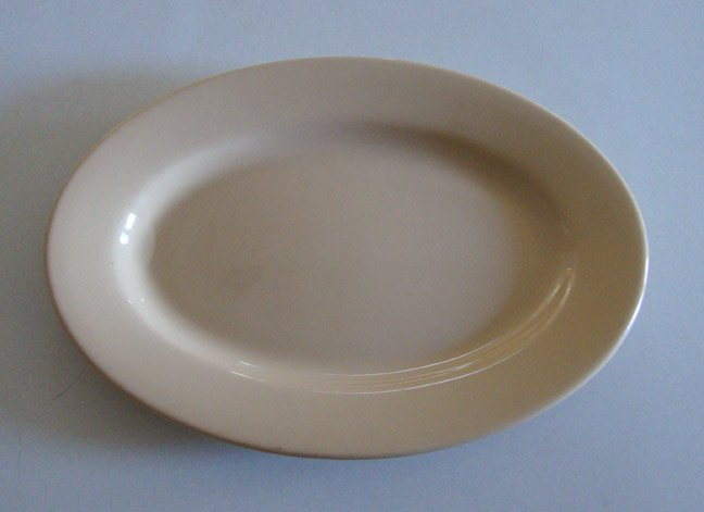 Vintage Buffalo China Cafe Restaurant Ware Tan Oval Platter 12""